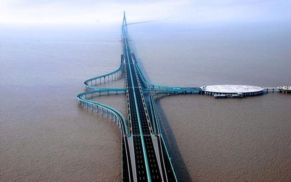 Szép autóutak Kína más részein és csodás alkotások