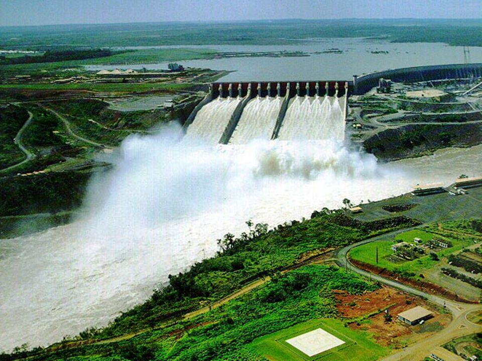 Szivattyús energiatározó erőmű Időszakosan üzemelő erőmű Turbinaszivattyú használat –Turbina és szivattyúként is funkcionál 2 tározós rendszer Ingáztatja a vizet a 2 tározóban