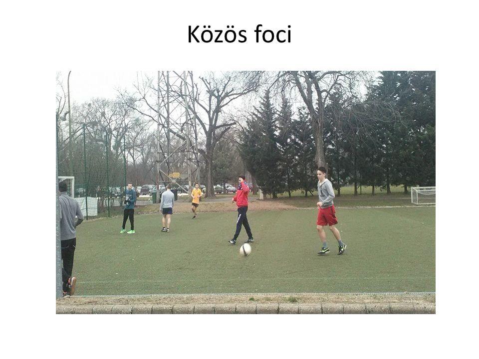 Közös foci