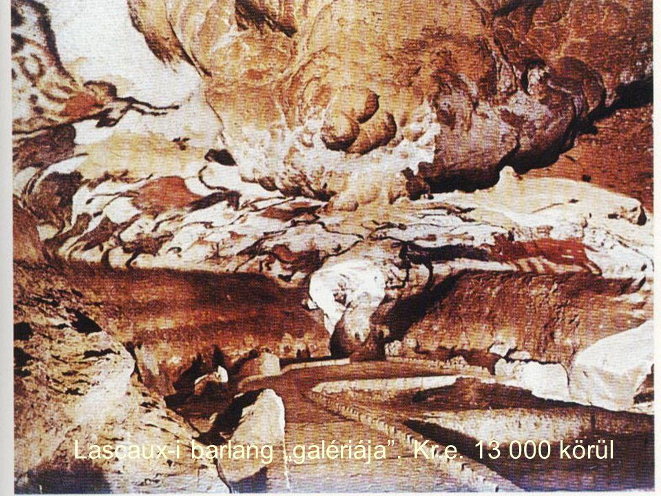 """Lascaux-i barlang """"galériája"""". Kr.e. 13 000 körül"""