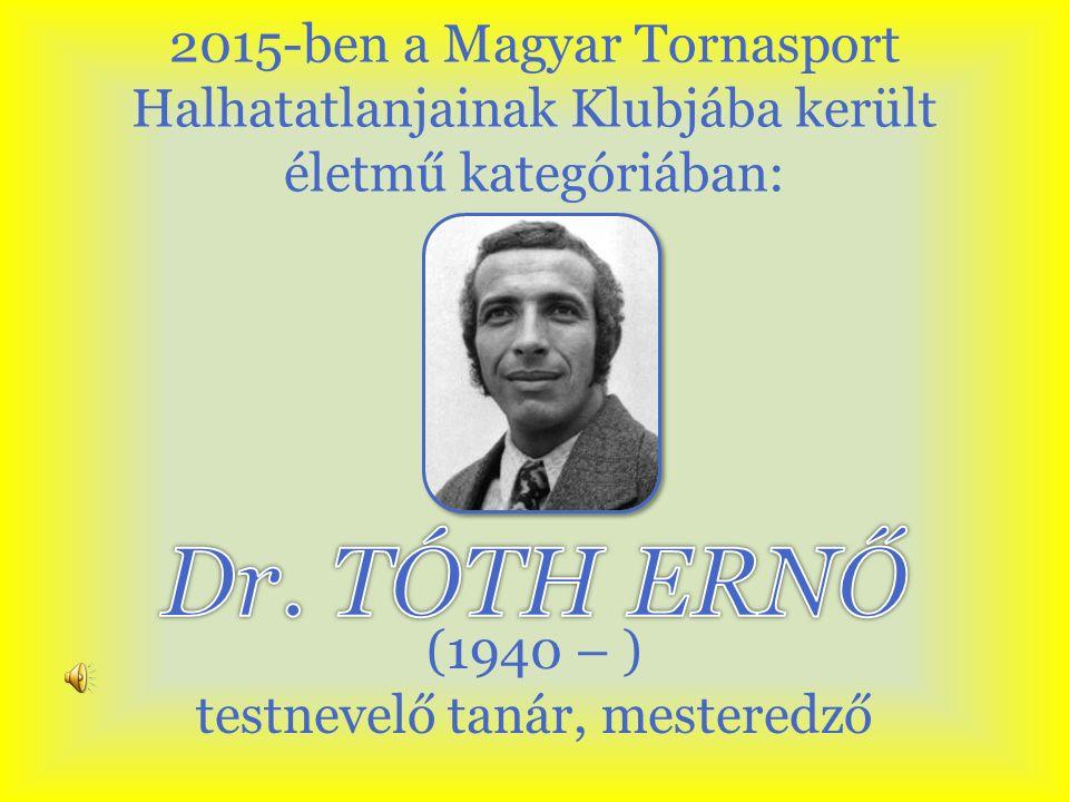 1959-ben jeles eredménnyel érettségizett a kiskunfélegyházi Petőfi Sándor Gimnáziumban, testnevelő tanára Tulit Péter volt.