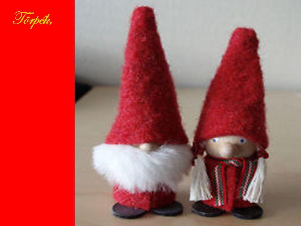 Az otthonokban karácsonyfát állítanak december 22.-én. A karácsonyi díszítés részei: zászlók,