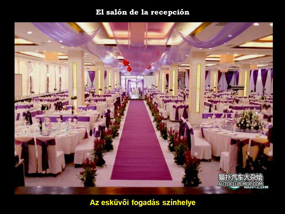 A menyasszony családja La novia y su familia