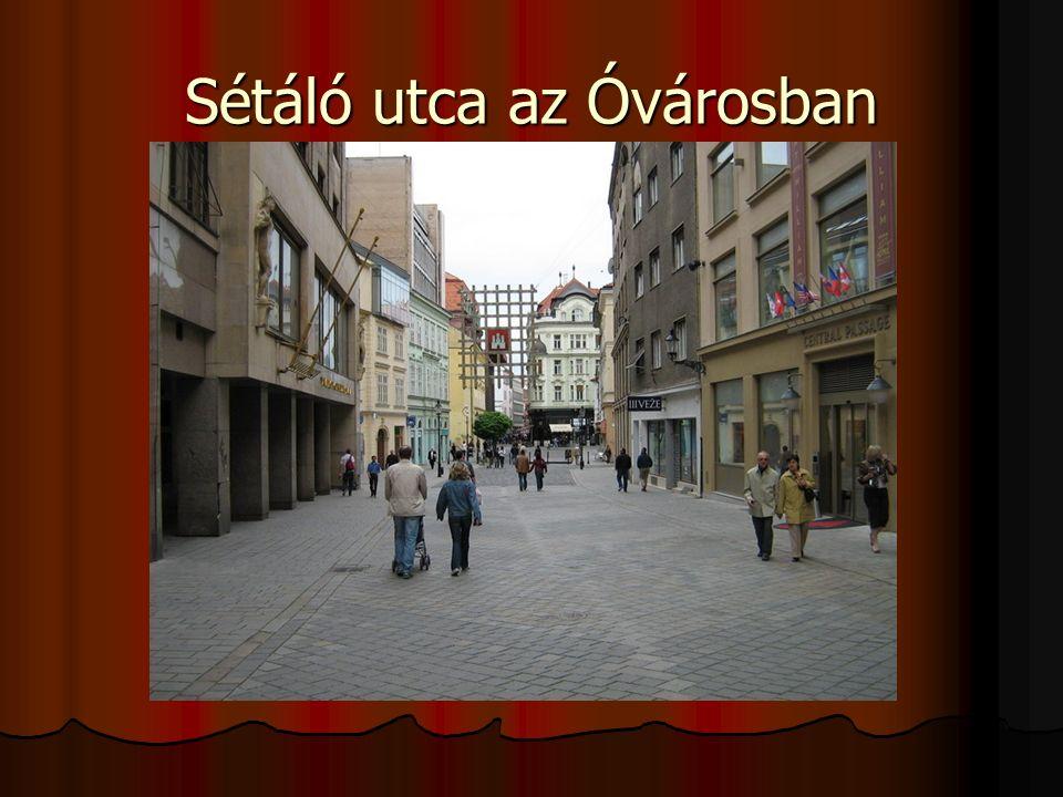 Sétáló utca az Óvárosban
