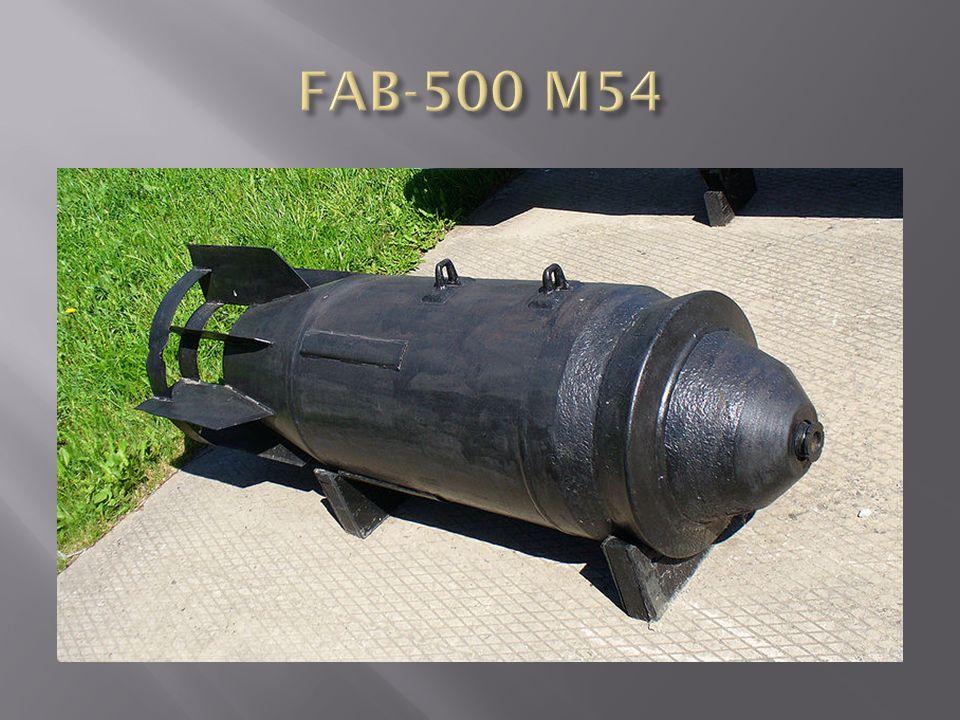 FAB-500 TS rombolóbomba 1-fejgyűrű, 2-bombatest, 3-függesztőszem, 4-töltet, 5- farokrész, 6-hegesztés, 7-bombafenék, 8-belső fészek, 9- vezetőszárny, 10-vezetőszárny gyűrűje Anyaga: öntött acél Formája: egyrészes, oldalai párhuzamosak, fenékrésze kúpos Vezetőszárnya: dupla gyűrűs Méretei:  400 x 1500 (1240) mm Tömege: 508,9 kg Töltet: 102,1 kg TNT Gyújtó: APUV, AGP, AV-1 Színe: szürke