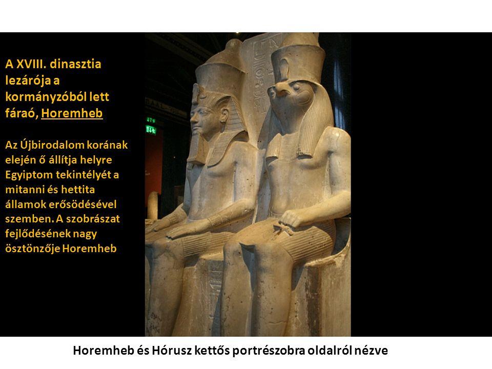 Horemheb és Hórusz kettős portrészobra oldalról nézve A XVIII.