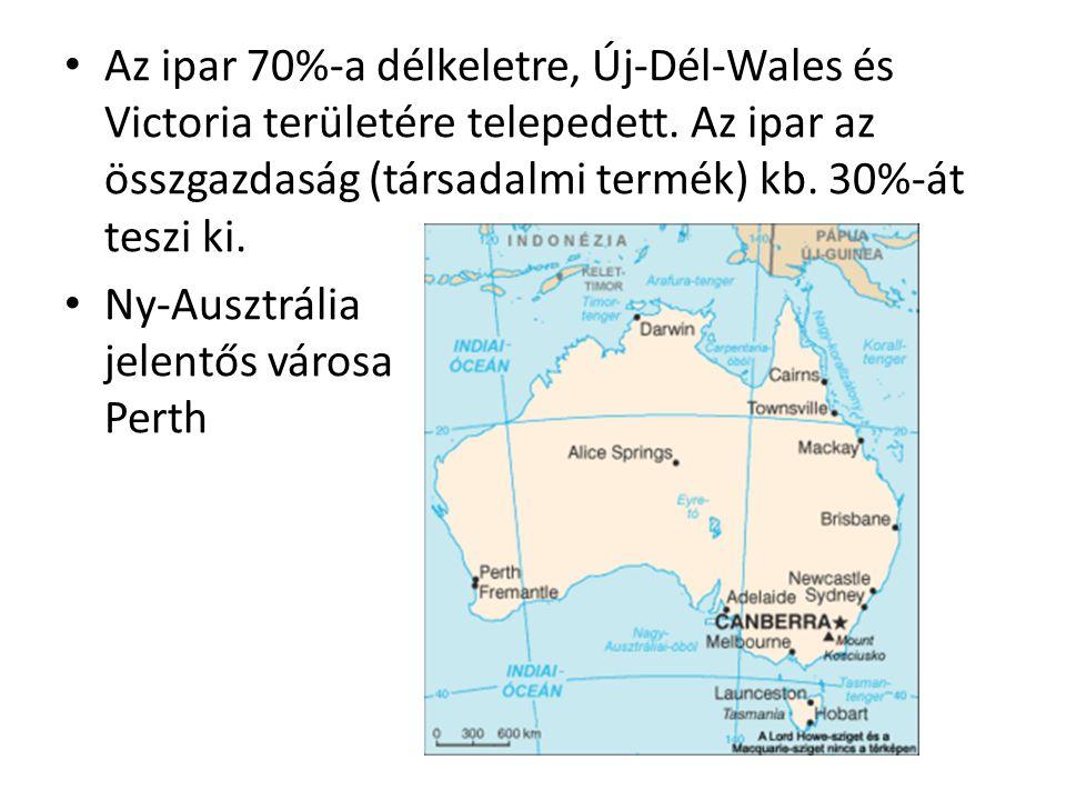 Az ipar 70%-a délkeletre, Új-Dél-Wales és Victoria területére telepedett. Az ipar az összgazdaság (társadalmi termék) kb. 30%-át teszi ki. Ny-Ausztrál