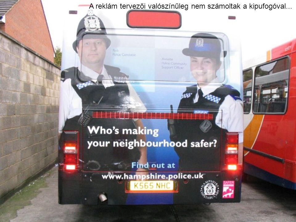 A reklám tervezői valószínűleg nem számoltak a kipufogóval...