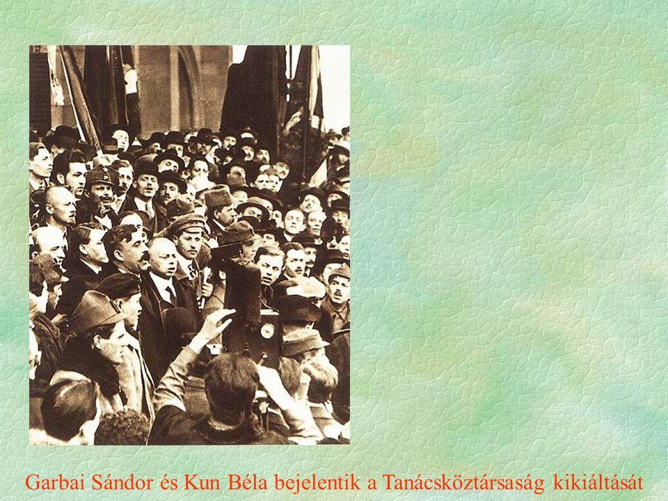 Garbai Sándor és Kun Béla bejelentik a Tanácsköztársaság kikiáltását