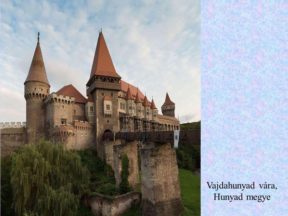 A törcsvári kastély (sokak szerint Drakula-kastély), Brassó megye