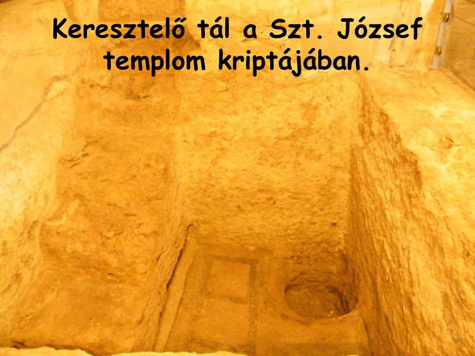 Keresztelő tál a Szt. József templom kriptájában.
