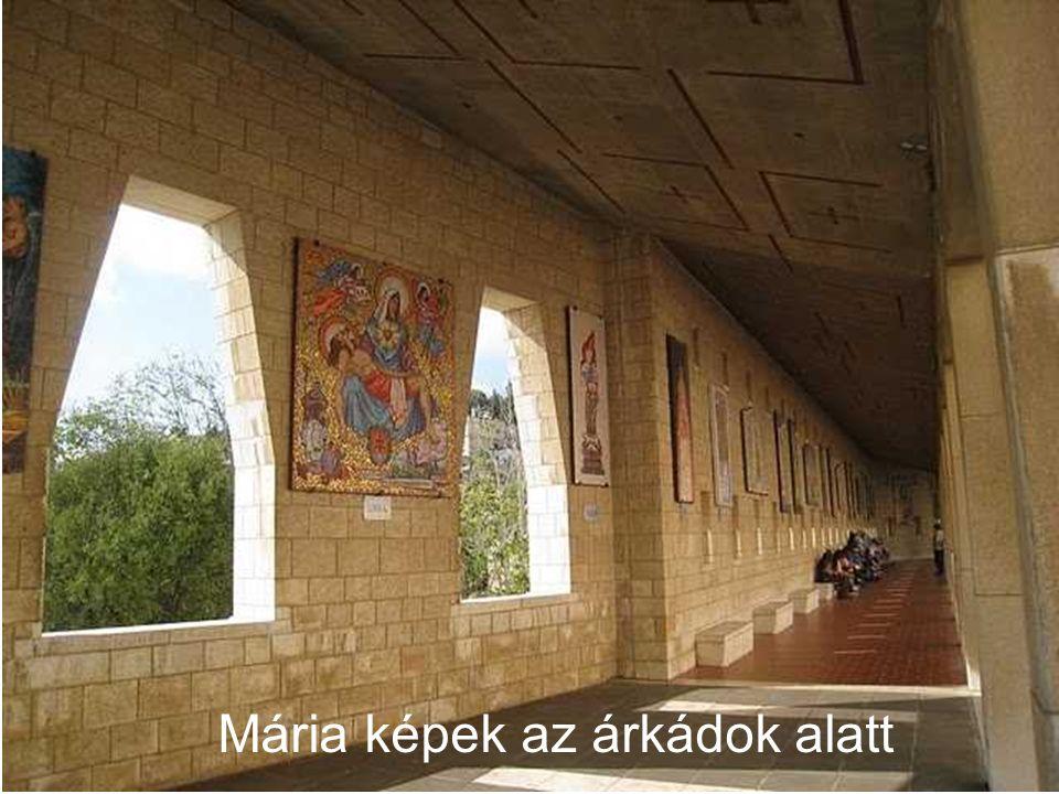 Mária képek az árkádok alatt