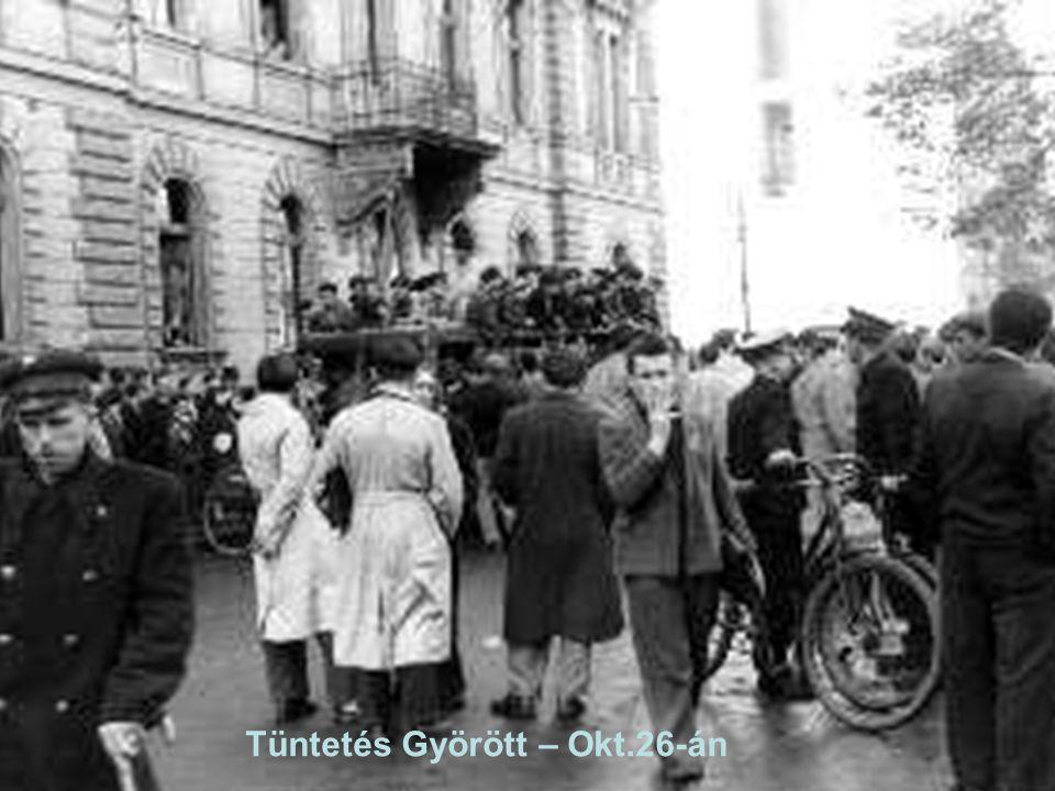 11 Tüntetés a Petöfi szobornál,Sinkovits Imre szaval