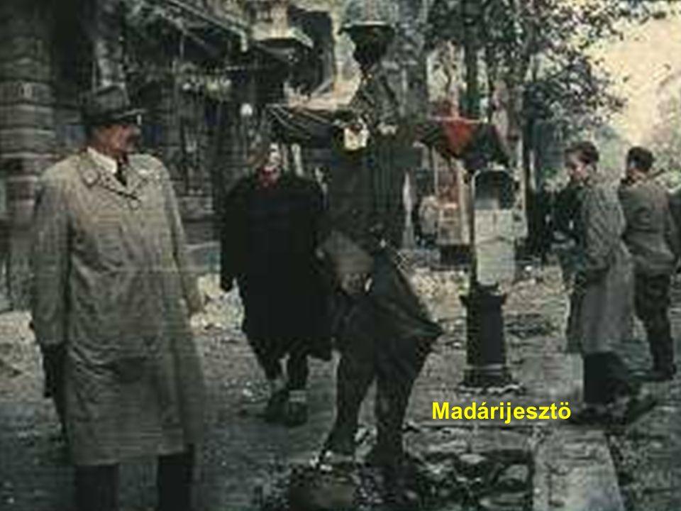 68 Forradalmár géppisztollyal