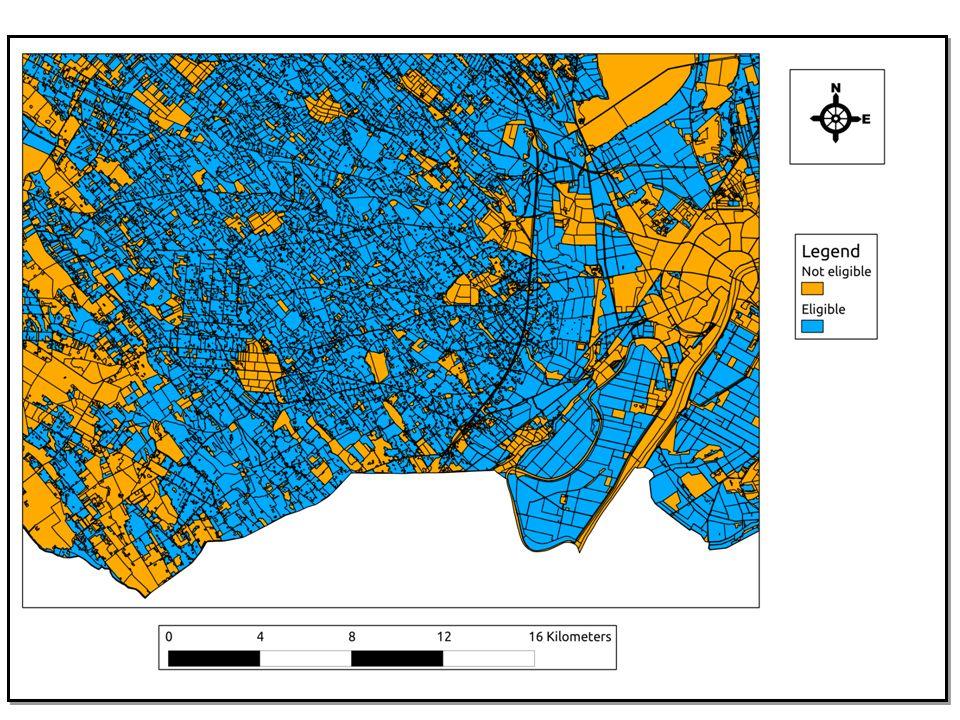 Az adat modell A MePAR adatainak előállítása, illetve frissítése a FÖMI feladata A MePAR adatai 3 típusba sorolhatóak: (1) a blokkok (mezőgazdasági parcellák) adatai, (2) a nem-támogatható területek adatai és (3) tematikus adatok A blokkok folytonosan, hézag mentesen fedik le az ország területét A tematikus rétegek területei nagyrészt nem támogatható területek A blokkok a geometriai, térbeli információk mellett számos attribútum adattal rendelkeznek: terület, területi tolerancia, blokk azonosító, megye, város és különböző jellemzők a terület minőségére vonatkozóan Az adatokat shape fájlokban tárolják