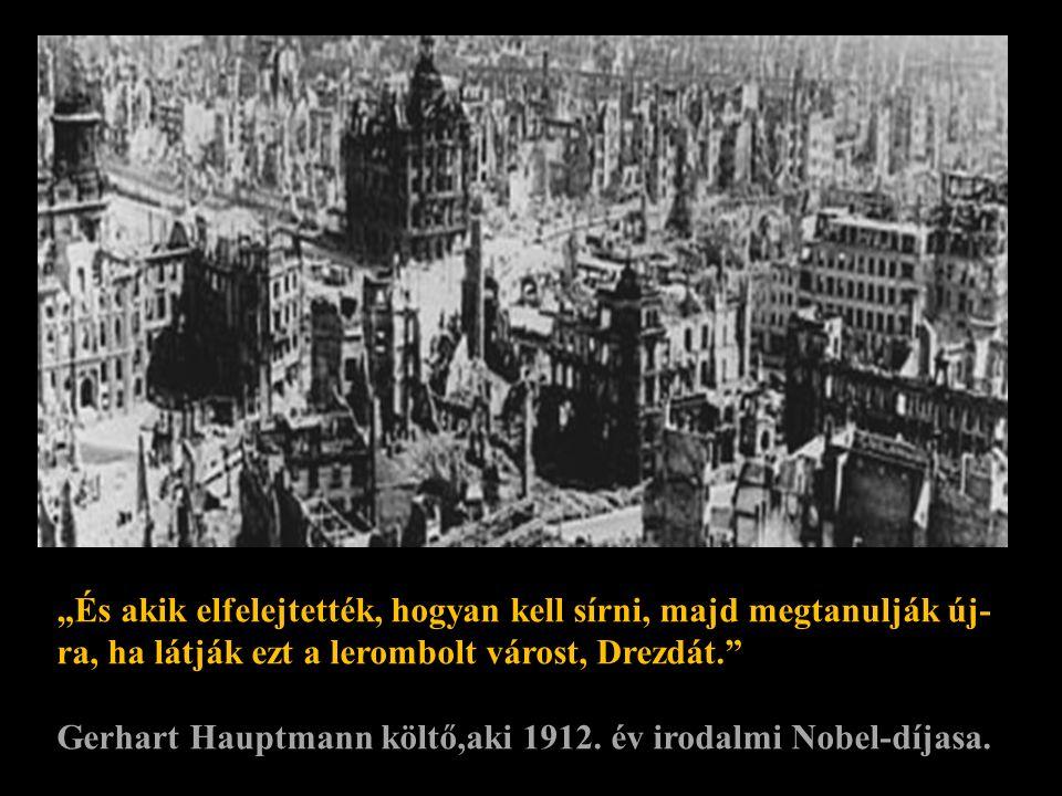 Ezt a világhírű fotót 1945-ben id. Reichard Peter készítette a városháza romjaira felmászva. A szobor mintha azt akarná mondani: Nézzd meg,mi történt