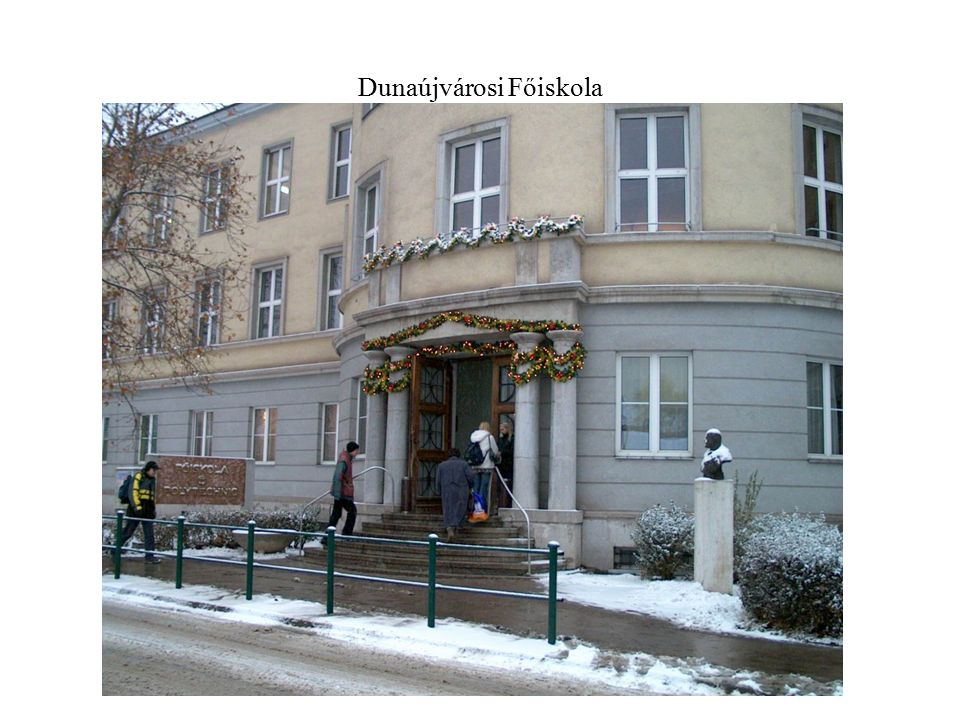 Dunaújvárosi Főiskola