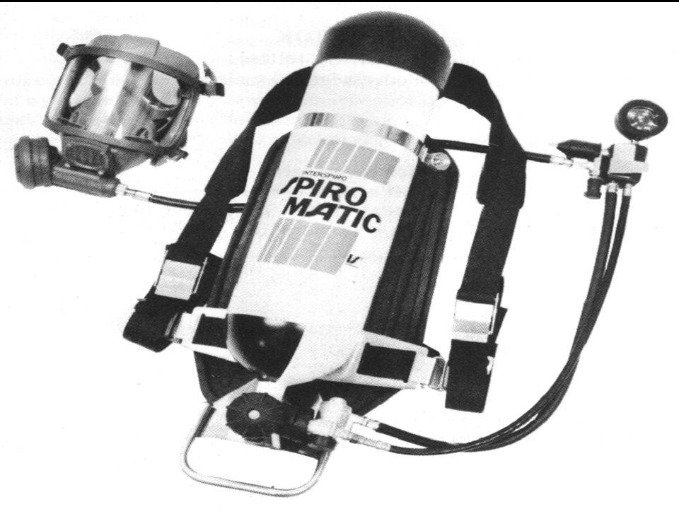 AGA 316 A készülék típusjelében szereplő 316-os szám jelentése:   3 : 300 bar maximális töltőnyomású palackkal rendelkezik a készülék   1 : 1 db sűrítettlevegős palackban van tárolva a szükséges levegőmennyiség   6 : 6 literes a palack belső térfogata A légzésvédő készülék súlya maximálisan töltött palack esetén kb.