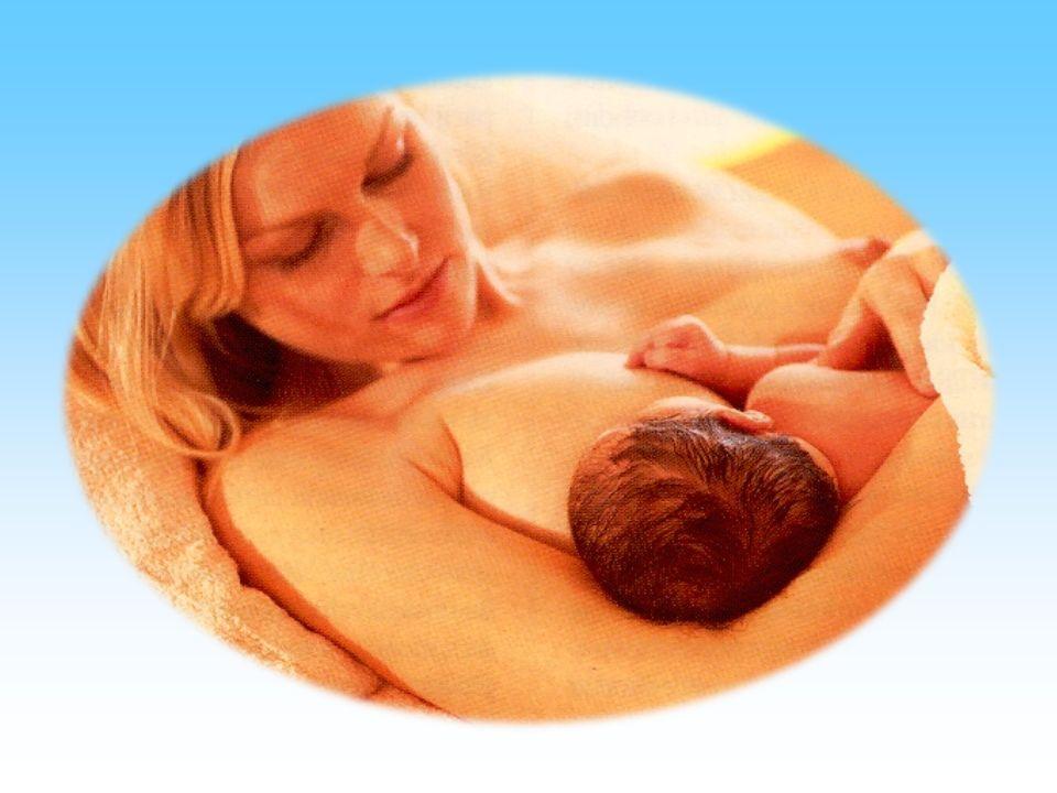 Az anyatejes táplálás előnyei Lactalbumin: casein = 70:30 könnyű emésztés Gyors gyomorürülés Magas biológiai értékű fehérjék Össz energiabevitel 40-50 % zsírból Esszenciális hosszú szénláncú zsírok DHA, AA Elégséges cholesterin Lipoprotein lipáz tartalom