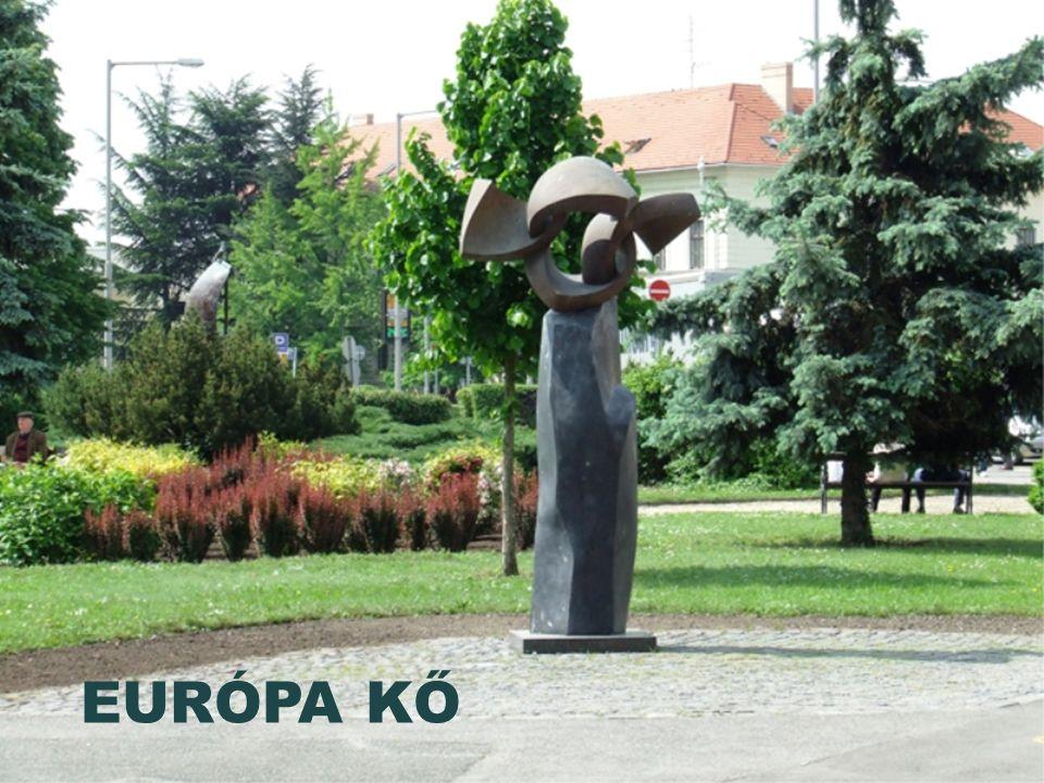HABSBURG FRIGYES FŐHERCEG SZOBRA