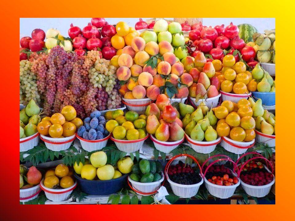 Milyen gyümölcsöket látsz a képen?