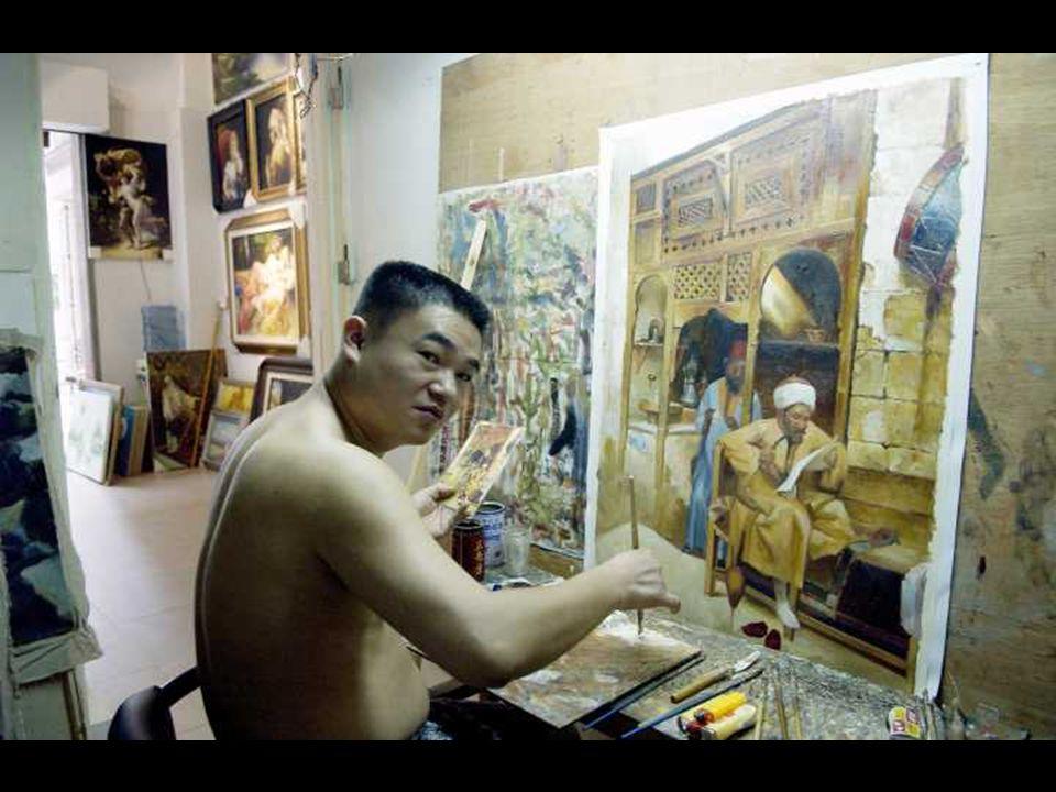 A Festők városa alapítója Huang Jiang éleseszű vállalkozó volt aki 1989-ben érkezett Dafen-be, egy nyugalmas helyet keresve, ahol nagy megrendeléseket: több ezer festményt el tudnak készíteni és leszállítani.
