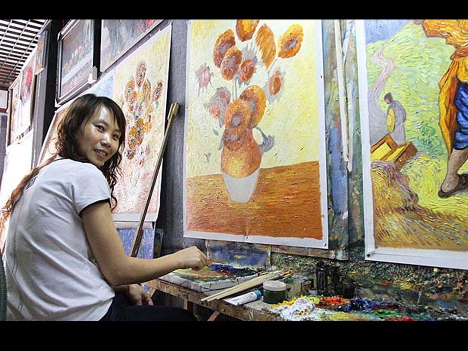 Mint művészetet tanító tanár fia, Huang ejőször európai milliomosok megrendeléseire készített festményeket.