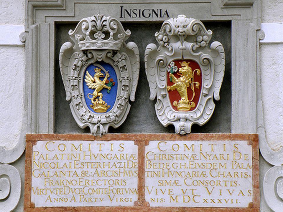 A kísérőszöveg és a képfeliratok a várban vásárolt magyar nyelvű kiállításvezető könyvecske alapján készültek.