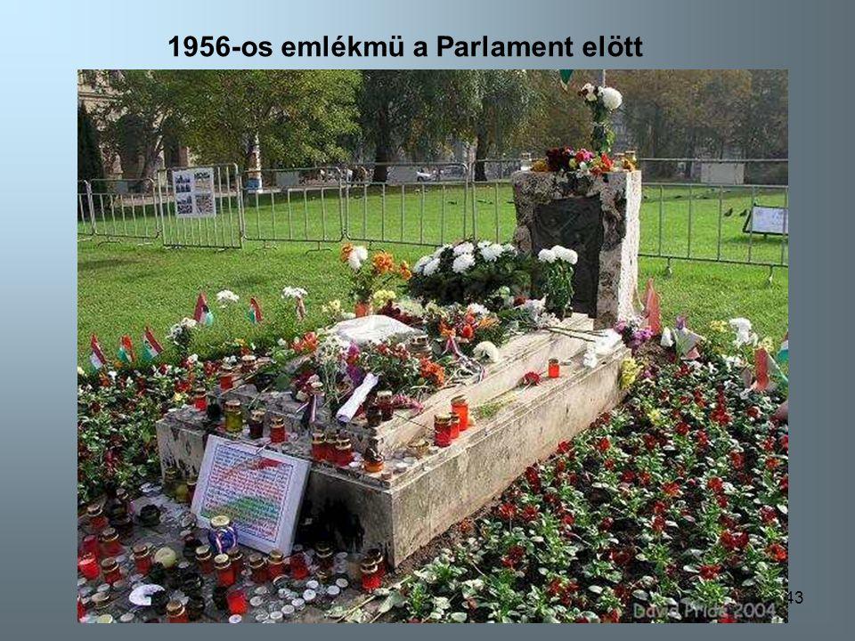 142 1956-os emlékmü a Parlament elött-Budapest