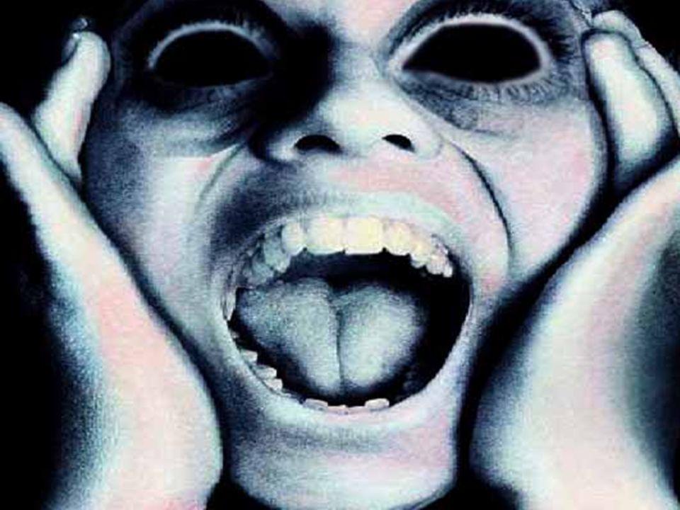 A következő kép 1985-ben készült egy erdőben, ahol a legenda szerint több boszorkánysággal vádolt asszonyt is kivégeztek … … Te is látod a fák között