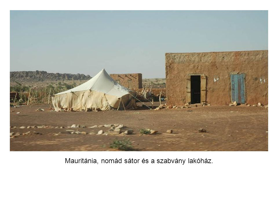 Egy elhagyott város a sivatagban.