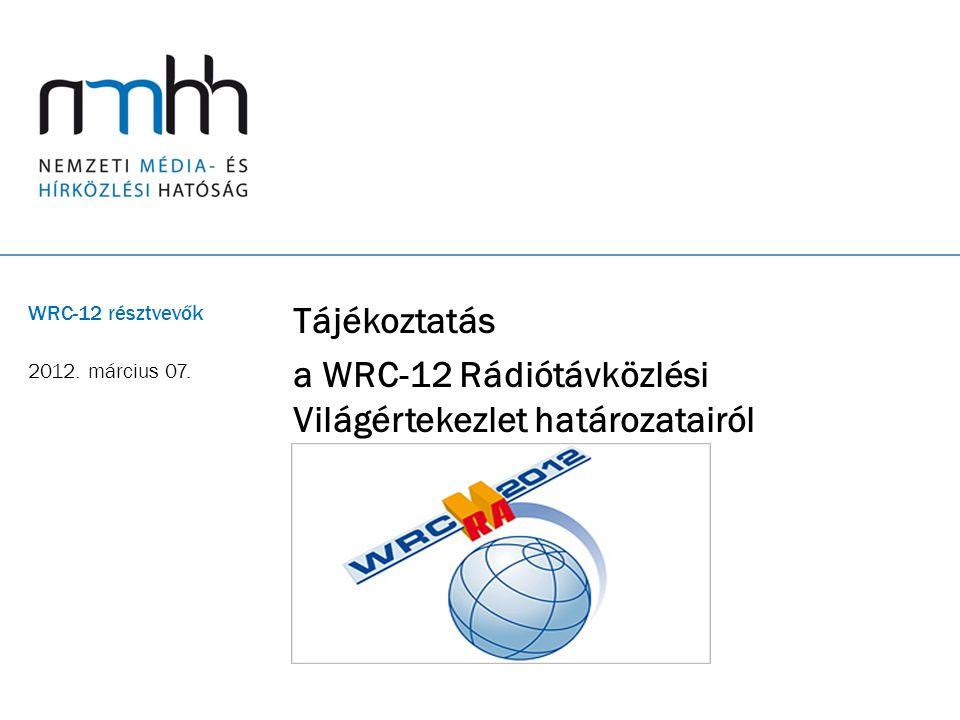 22 1.17 napirendi pont (II.) A 700 MHz-es sávra vonatkozó arab/afrikai javaslat A WRC-12-n (napirenden kívül) az arab és az afrikai országok javaslatot tettek a 700 MHz-es sávnak (694-790 MHz) a felosztás MOBIL elsődleges szolgálat célú kiegészítésére A WRC négy hete alatt nagy viták eredményeképpen a következő kompromisszum született: - a kiterjesztett digitális hozadék sáv (DD2) szintén elsődleges jelleggel (és IMT célra nevesítetten) a műsorszórás mellett a mobil szolgálat részére is felosztásra kerül, de ez a felosztás csak a WRC-15-öt követően kerül az RR-be és lép hatályba; - a WRC-15-ön a mobil célra felosztásra kerülő sáv alsó határa pontosításra kerül, s ekkor kerülnek meghatározásra a mobil szolgálat műszaki és szabályozási feltételei is ebben a sávban; - a sávharmonizáció (a három Körzet között) megkívánja, hogy a jelenlegi DD sáv csatorna-kiosztása mellett kidolgozásra kerüljön egy új kiosztási terv is, amely a 800 és a 700 MHz-es sávot együttesen tudja majd kezelni.