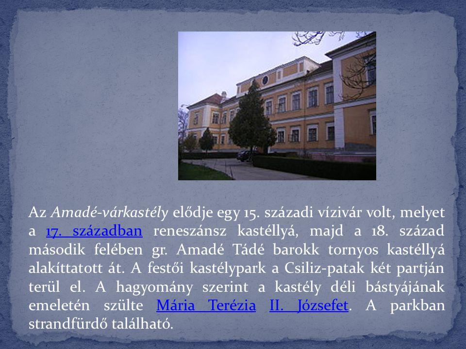 A déli udvar a kolostor szerzeteseinek készült, az északi pedig gazdasági célokat szolgált.