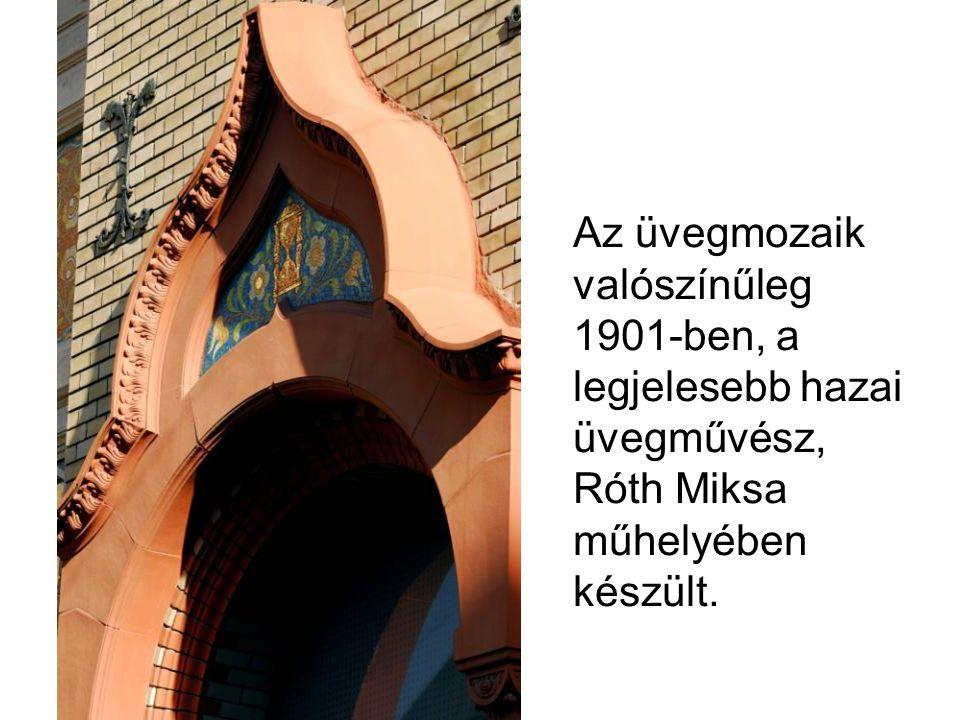 Az üvegmozaik valószínűleg 1901-ben, a legjelesebb hazai üvegművész, Róth Miksa műhelyében készült.