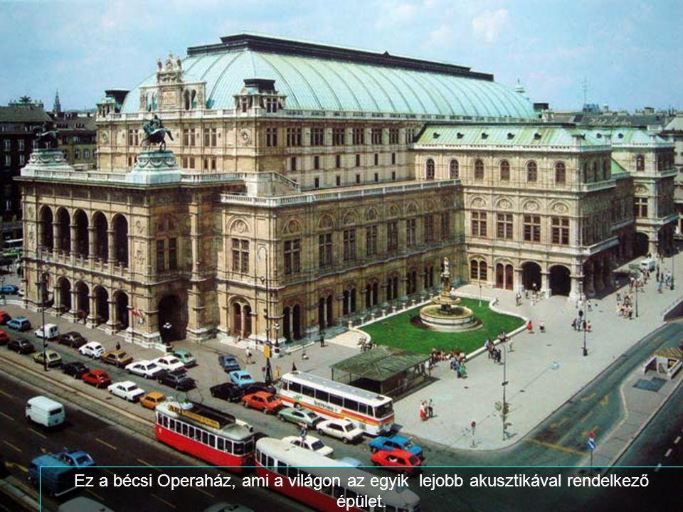 Ez Graben utca, híres és bájos kávéházaival és boltjaival.