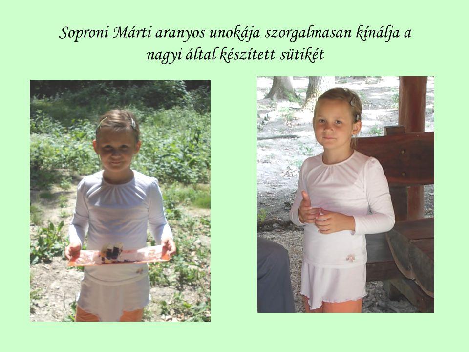 Soproni Márti aranyos unokája szorgalmasan kínálja a nagyi által készített sütikét