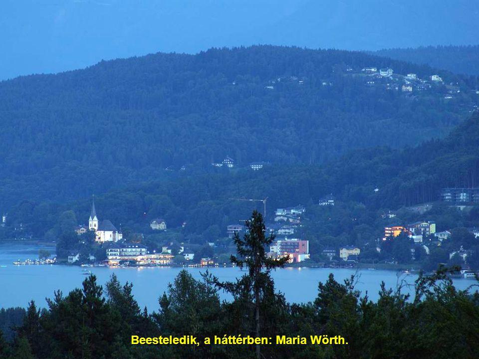 Hochosterwitz, 25 km-re északra Klagenfurttól.