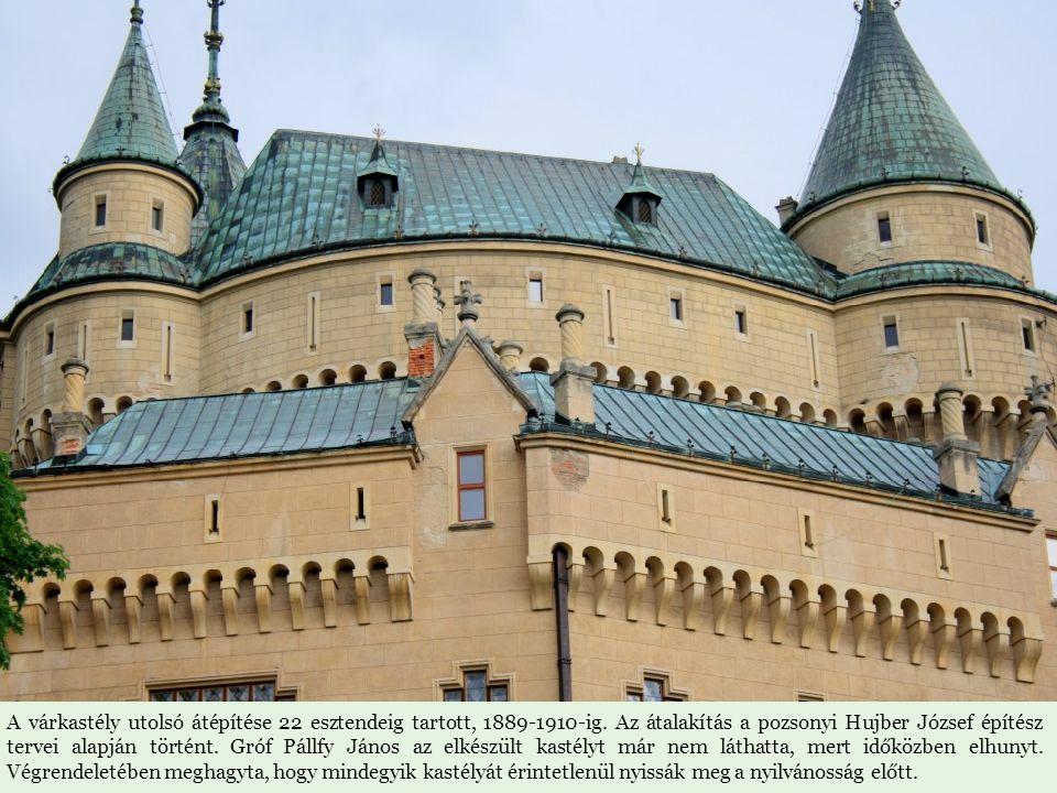 A vár egykori tulajdonosa volt Csák Máté, Corvin János, Szapolyai János, a Thurzó család. A Pálffy család tulajdonába 1637-ben került. Gróf Pálffy Ján