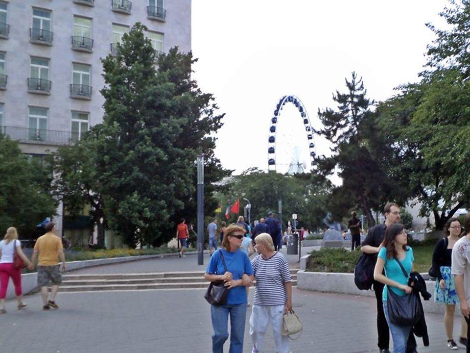 Itthon eddig még nem látott méretű, mintegy 65 méter magas óriáskereket állít fel közösen a Belváros önkormányzata és a Sziget Szervezőiroda az V.