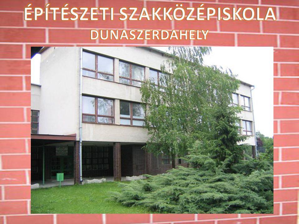 Rólunk  Iskolánk 1972-ben alakult, szakterületünk az építészet széles skálája.