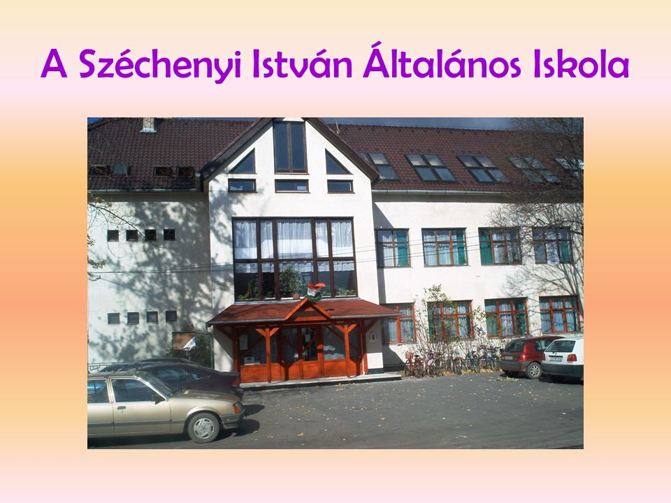 Rendezvények az iskolában • Az iskola 2 épületb ő l áll.