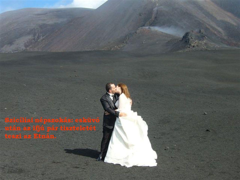 Megkövesedett láva és -3 fok, Az Etna pipál.