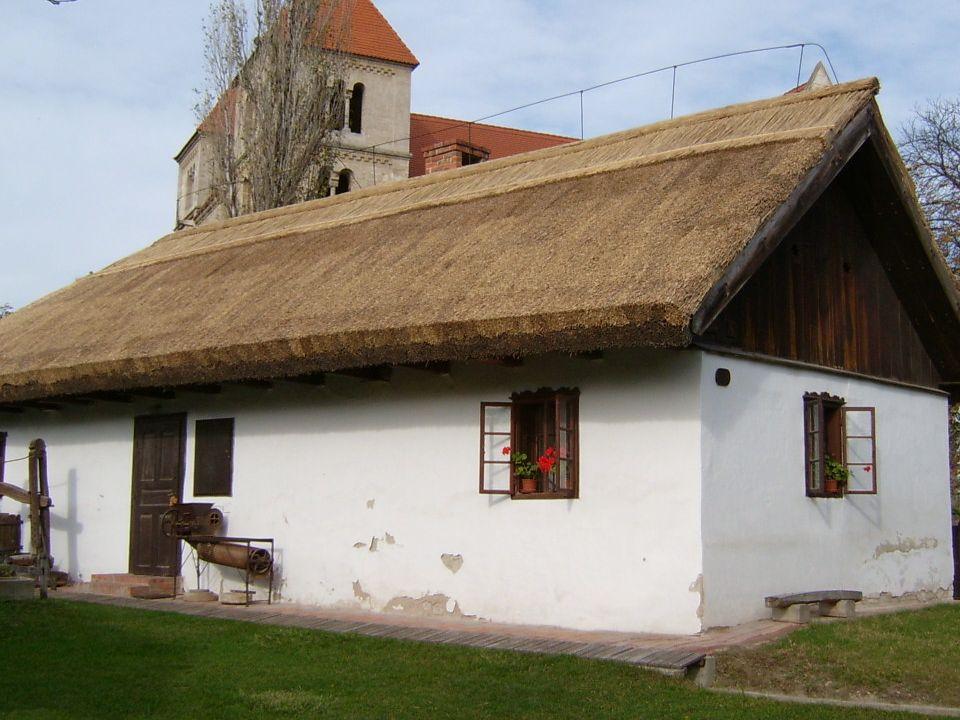 Patrona Hungaria 1914-1918 Alkotója Markup Béla szobrászművész Az I.