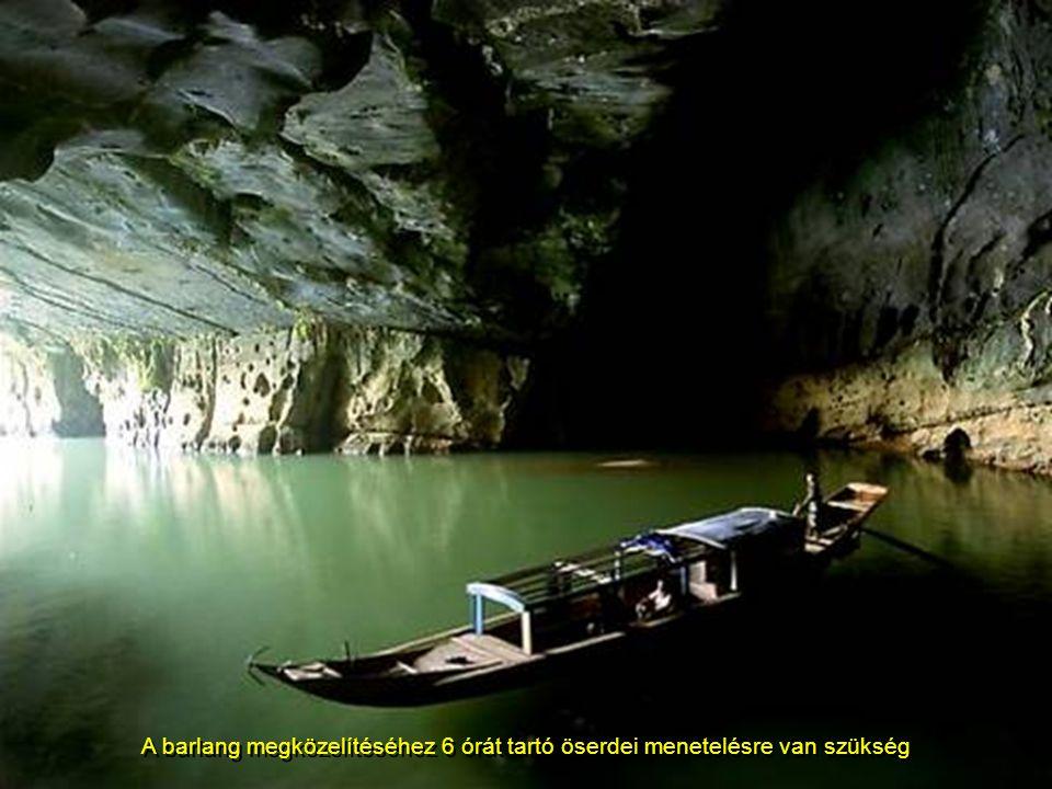 A barlang az Annamite hegység vadregényes Phong Nha-Ke Bang nemzetiparkban, közel a Laoszi hatához, rejtett része egy 150 barlangbol álló egysének, me