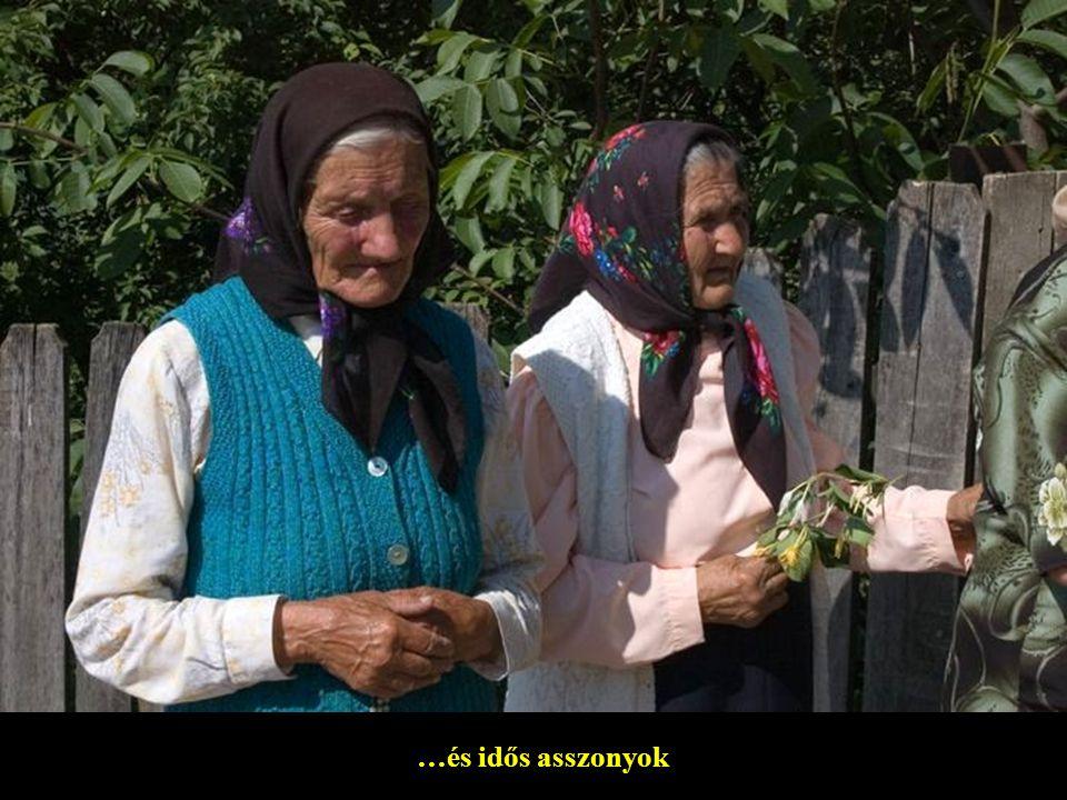 Magyarfalusi lányok…