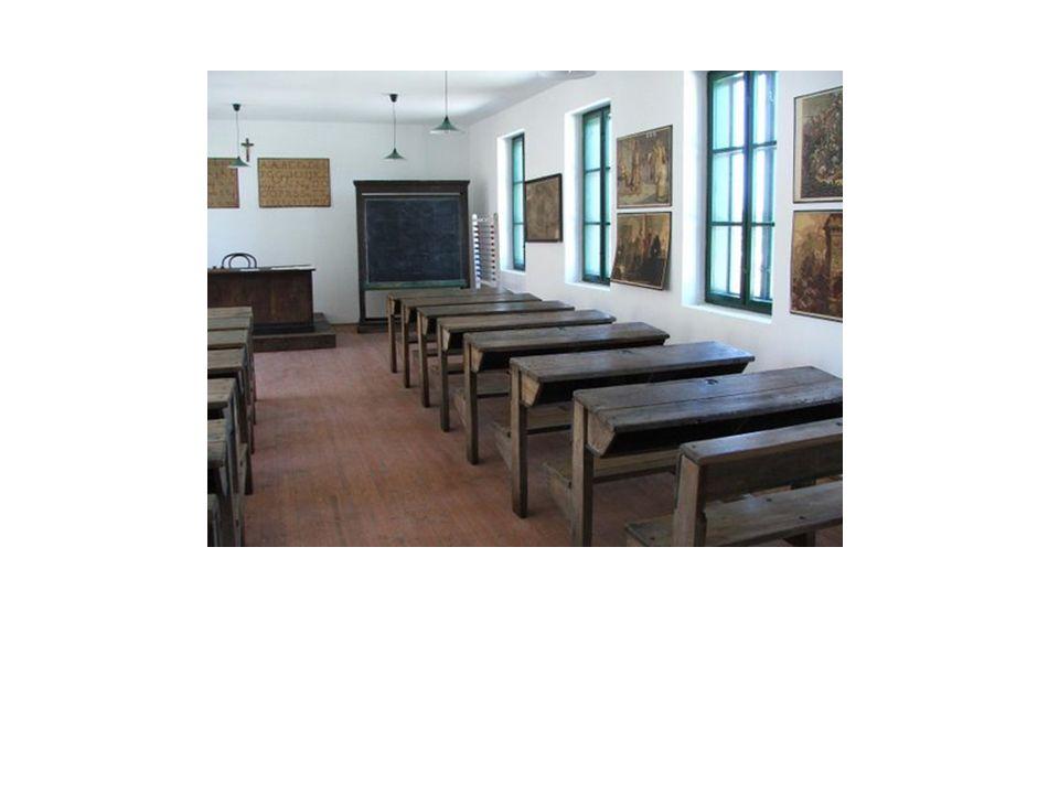 Tömb és pavilonrendszer •Tömbrendszernél az iskola egy épületből áll és több emelet magas.