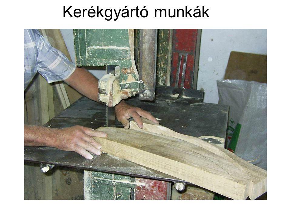 Kerékgyártó munkák