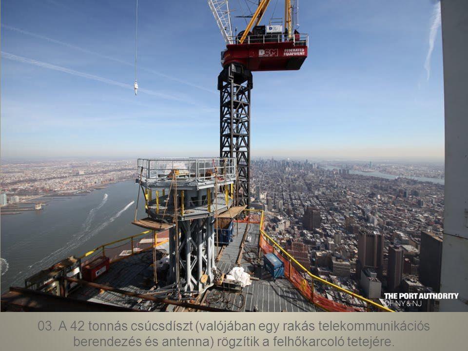 02. Az 1WTC alagsora a New York-i metró fontos csomópontja egyben, 12 metróvonal fut össze az állomáson, napi 250 ezer utast kiszolgálva.
