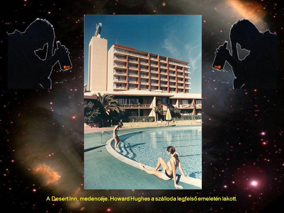 A Desert Inn, medencéje. Howard Hughes a szálloda legfelső emeletén lakott.