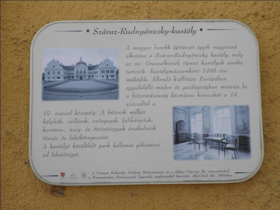 1990-ben - a romló épületállapot miatt - szükségessé vált a kastélymúzeum bezárása.